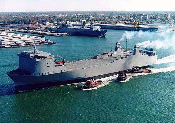 Le MV Cape Ray, un vieux roulier de la réserve de l'US Navy, à bord du quel sera neutralisé l'arsenal chimique livré par al Assad. Ce n'est pas le type d'intervention US espéré par les révolutionnaires Syriens